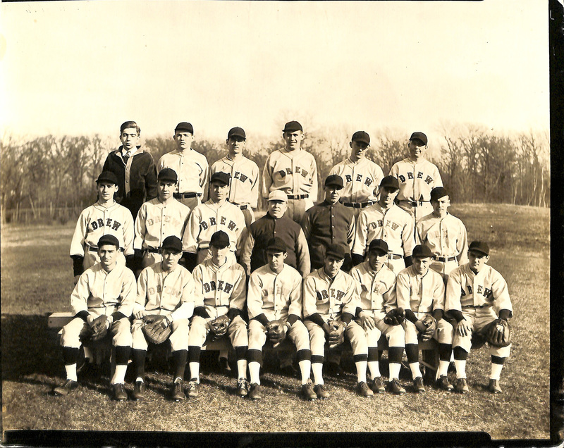 B/W Photo of 1935-1936 Drew Baseball Team
